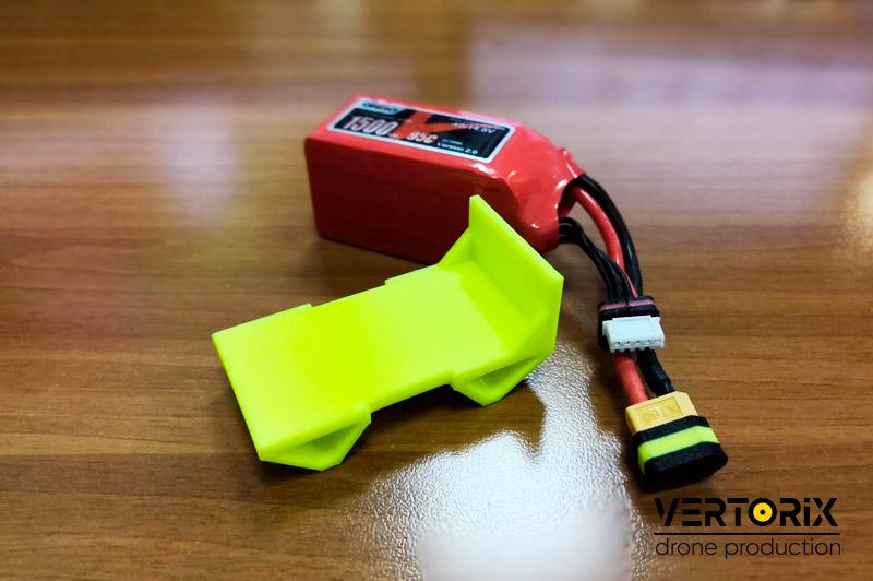 Резиновая защита аккумулятора