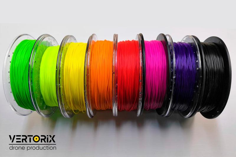 Фото разноцветного пластика для печати FilaFlex