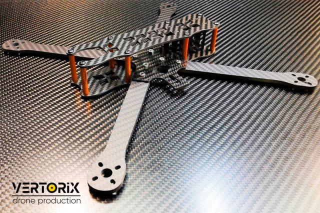 Фото Lucanus 7 дюймов - топовый квадрокоптер-дальнолёт