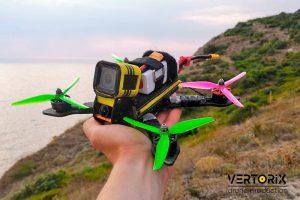 Квадрокоптер с защитой от грязи